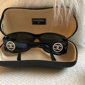 Chanel Pearl Sided Black Sunglasses